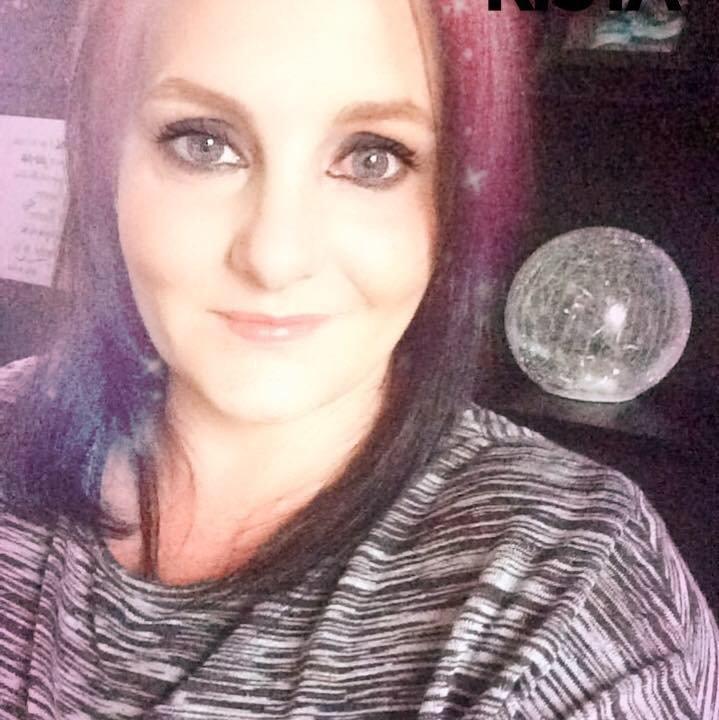 Suzanne  Reid's profile pic