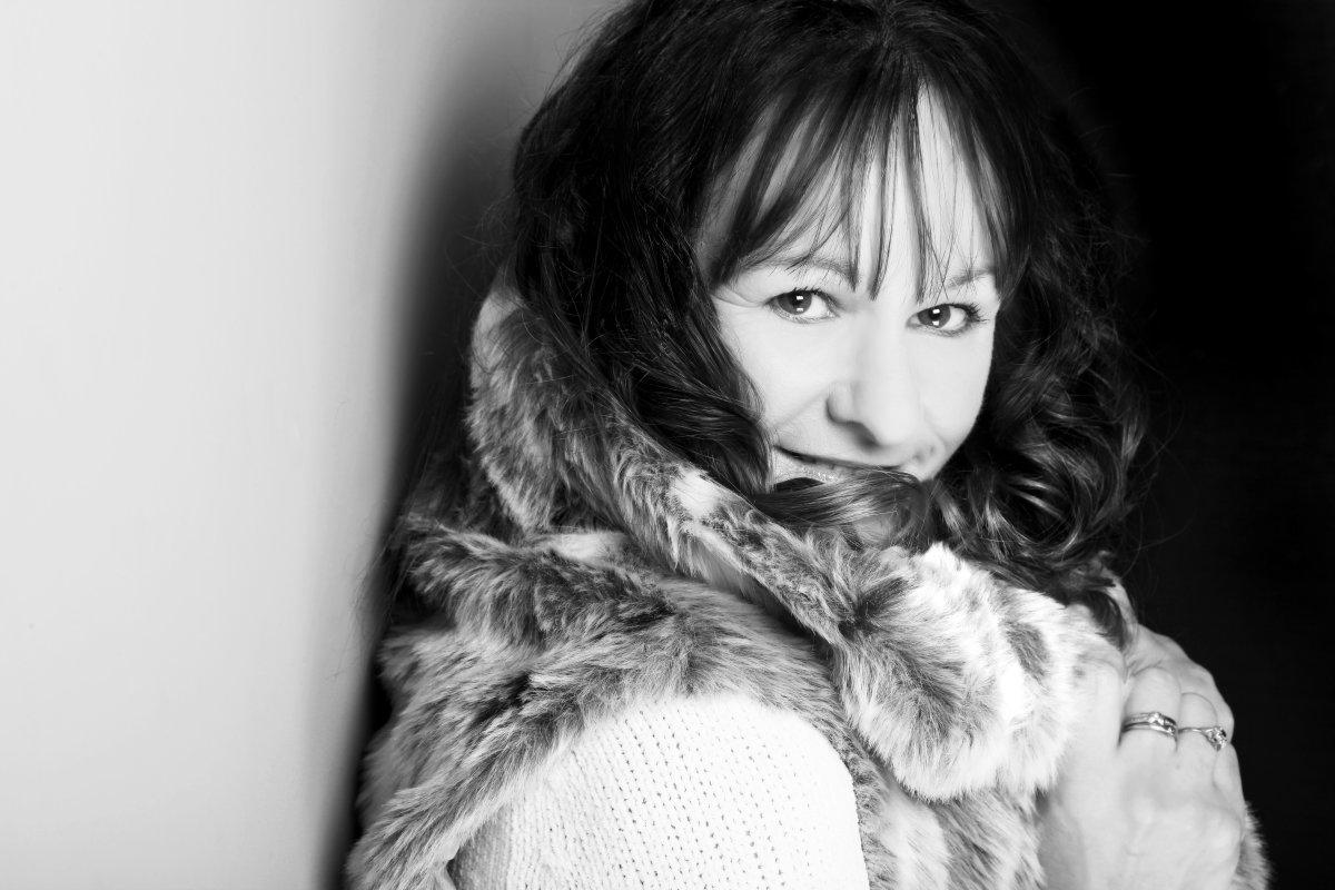Julie Hood's profile pic