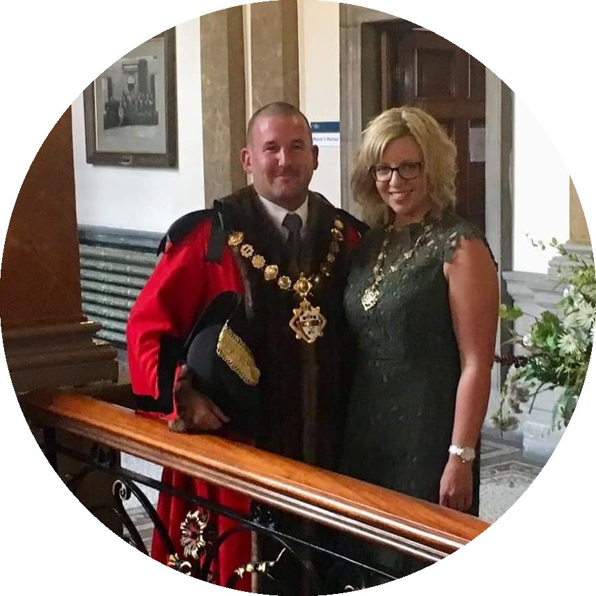 The Mayor and Mayoress of Morley's profile pic