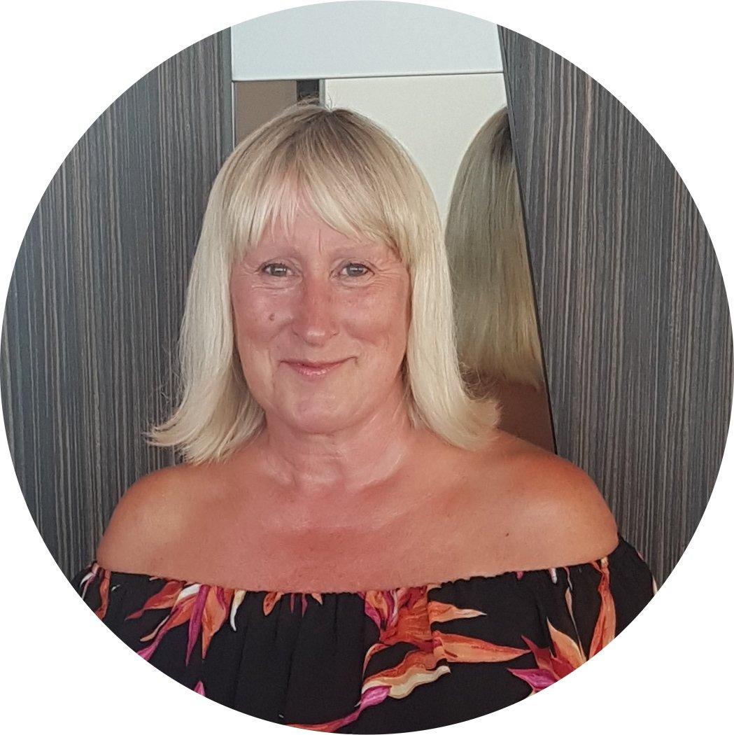 Denise  Thompson's profile pic